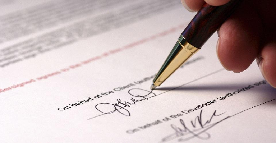Hợp đồng kiểm toán và soát xét báo cáo tài chính